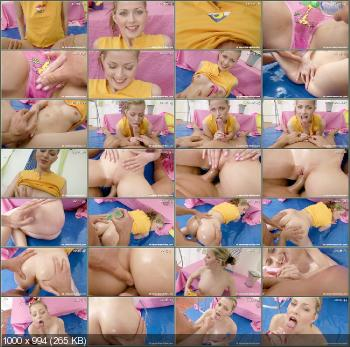 Abby - A Teenage Girl And Massage Oil [ClubSevenTeen] (HD 720p|WMV|759 Mb|2011)