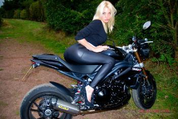 Tamara Grace_A Hot Dogging Mission